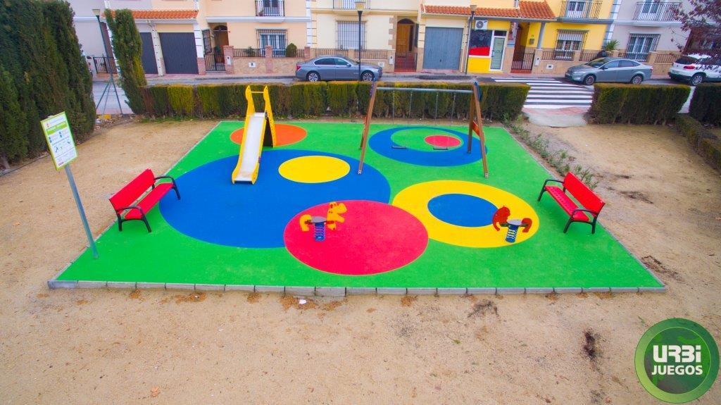 Remodelaci n parque infantil baza parques infantiles y - Suelos vinilicos infantiles ...